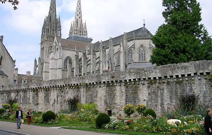 Case Tf14 004 Thermaflex Quimper Cathedral Heating Polybutylene